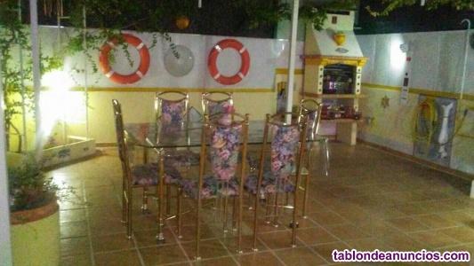 Mesa de comedor de lujo y seis sillas