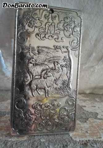 Precioso lingote de plata tibetana. simbología la