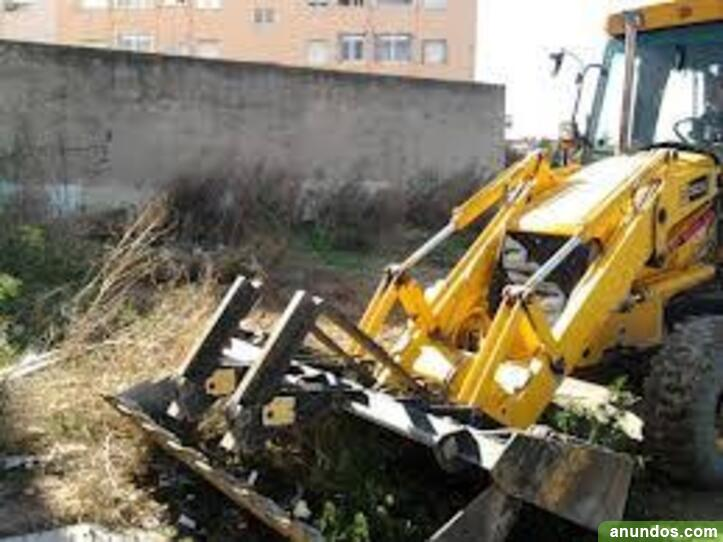 Desbroce y limpieza de terrenos en valencia  -
