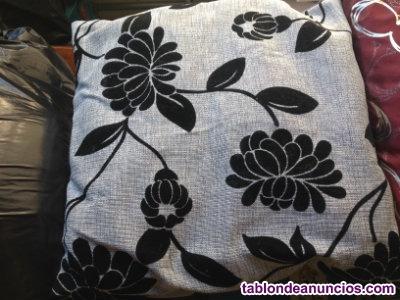 Cojin de lino y terciopelo