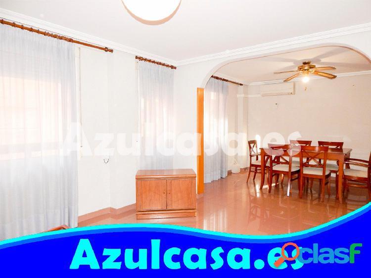 Acogedora vivienda en Altozano. 3 dormitoios antes 4