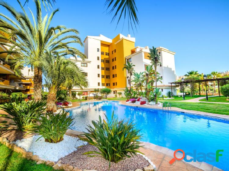 Apartamento con dos terrazas y vistas al mar en La Entrada,