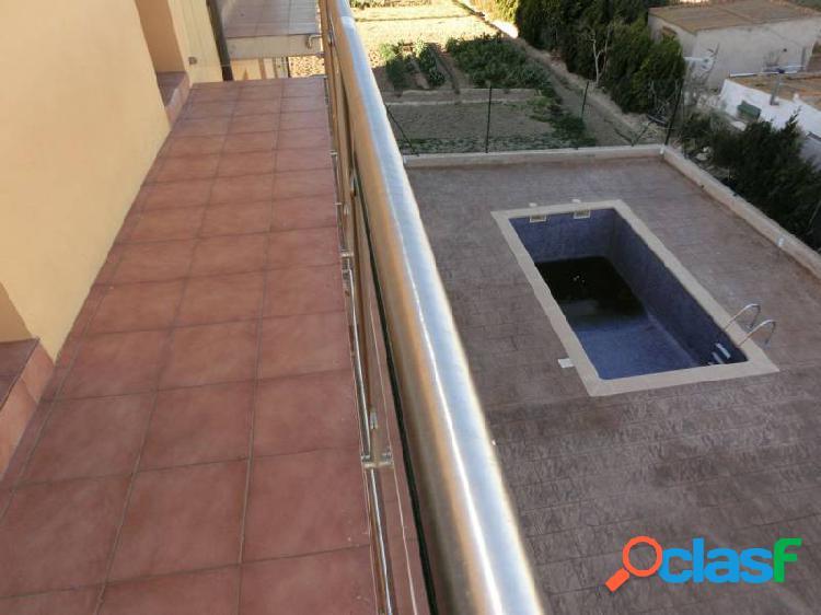 Apartamento de 50 m2 con 1 dormitorio y piscina comunitaria