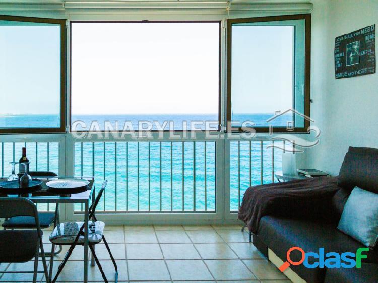Apartamento en primera linea de mar en complejo residencial