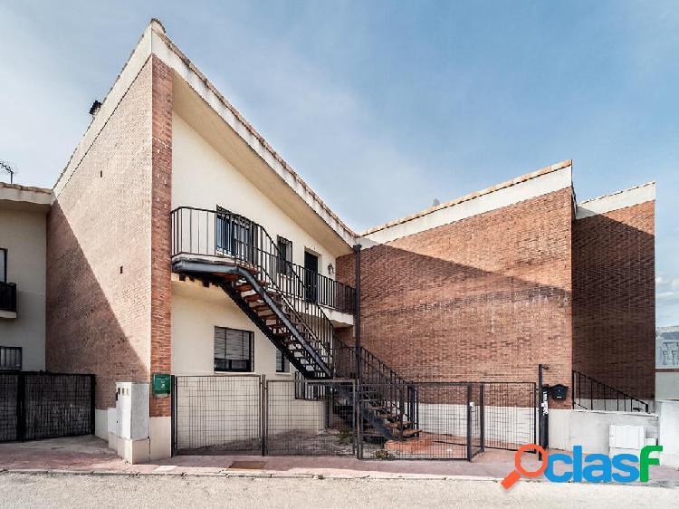 Apartamento en venta de 64m² en Calle Estación 34, 19111