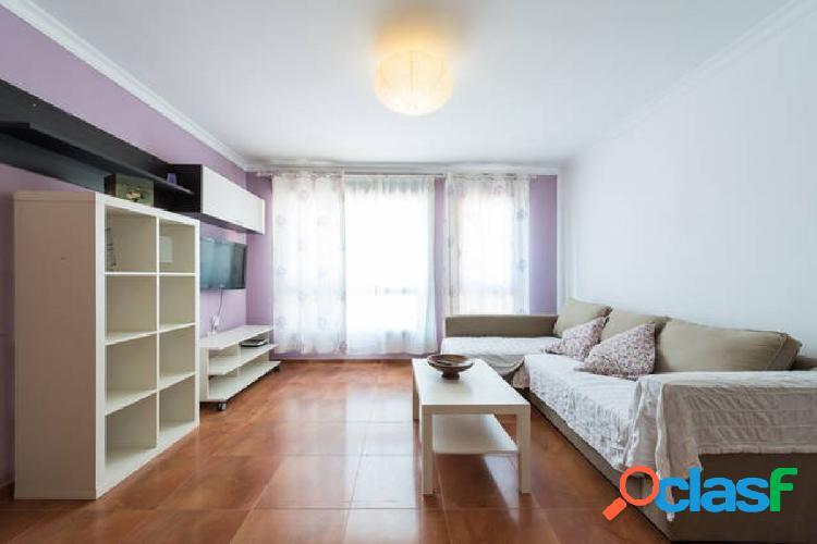 Bonito piso amueblado 1 dormitorio.