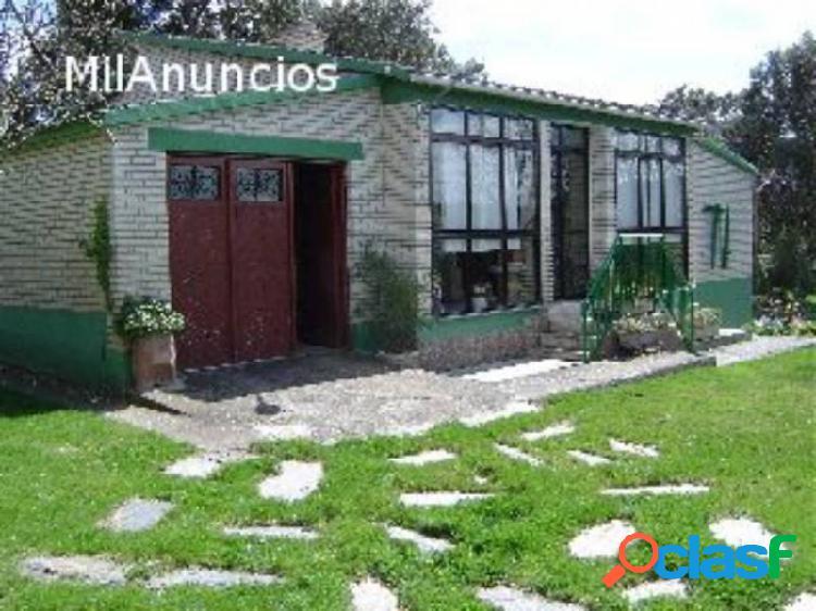 CHALET EN VENTA EN LA ZONA DE PALACIOS DEL PAN