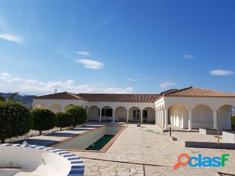 Casa-Chalet de Obra Nueva en Venta en Cartama Málaga