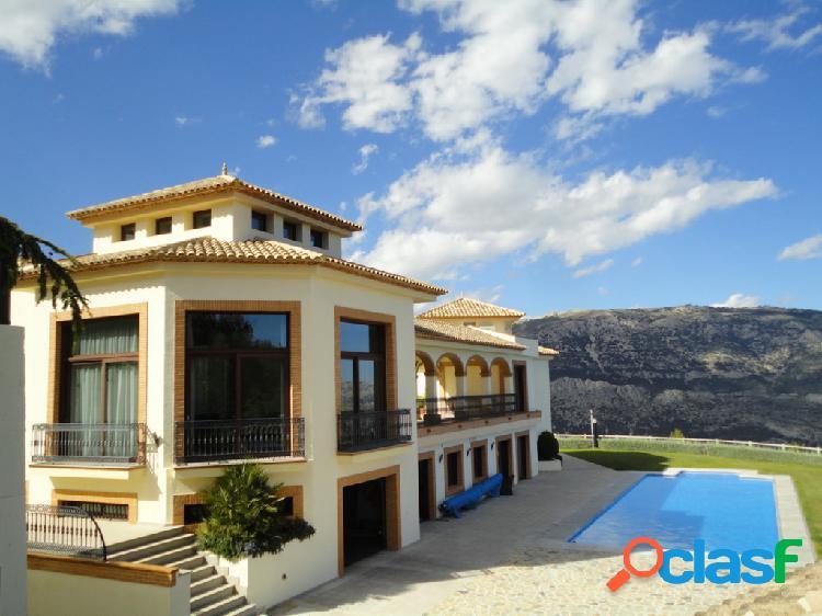 Casa-Chalet en Venta en Guadalest Alicante