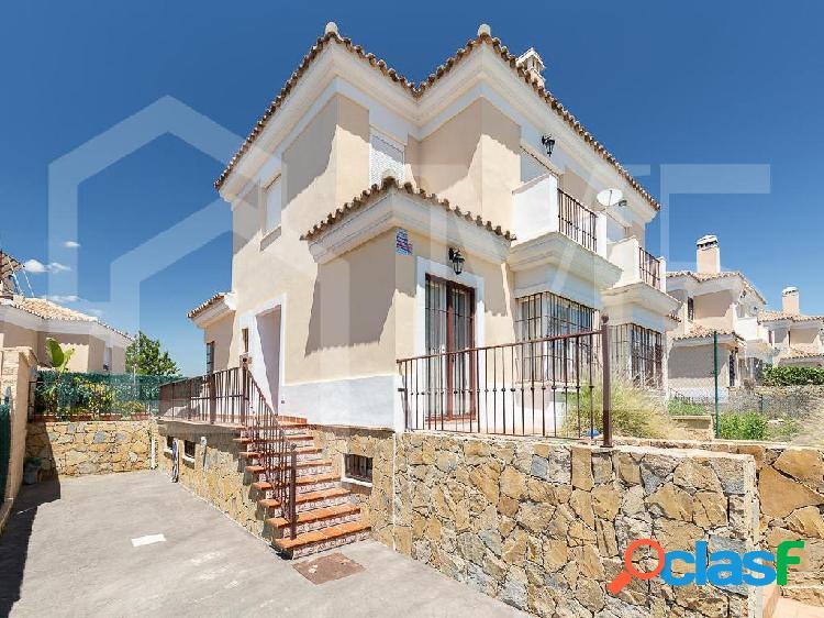 Casa / Chalet en venta en Torre del Mar de 192 m2
