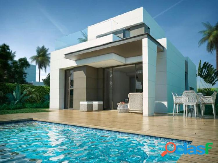 Casa / Chalet en venta en Torre del Mar de 241 m2