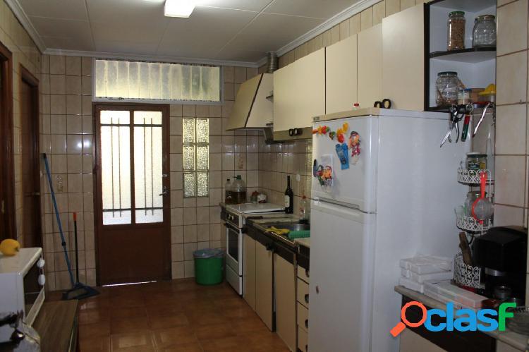Casa a la venta en Beniatjar