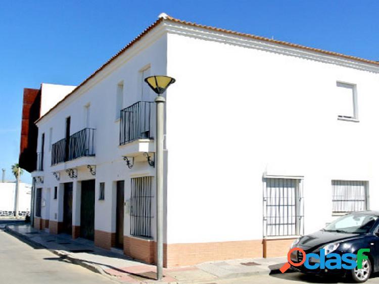 Casa adosada en calle Poseidón en Huelva