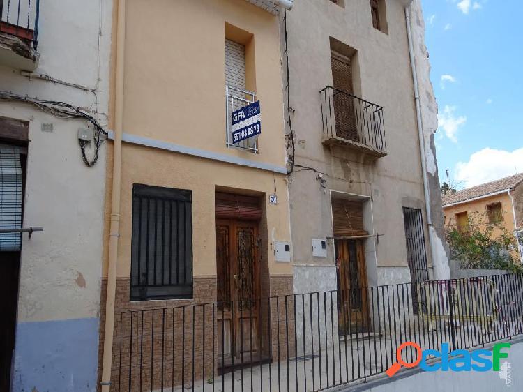 Casa de pueblo en venta en Calle Miguel De Cervantes, 20,
