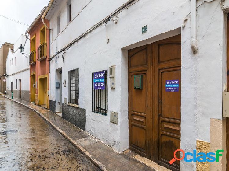 Casa en venta de 165 m2 en Calle Del Salvador 43, 1 piso,