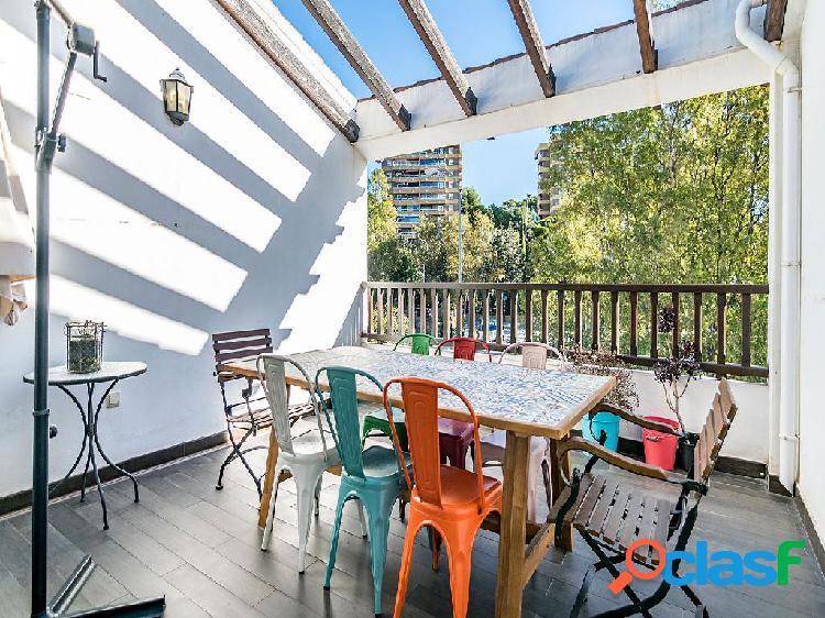 Casa en venta de 220 m2 en Calle Molino Hundido, Málaga.