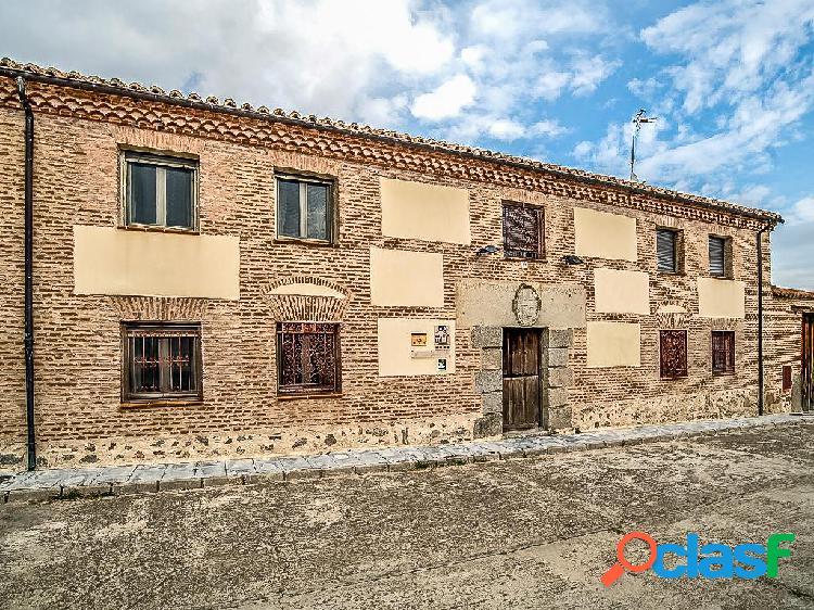 Casa en venta de 684m² en Calle Cañuelo 3, 05357 Santo