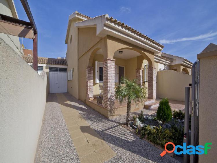 Chalet en venta de 144 m² en Calle Tenerife, 30730 San
