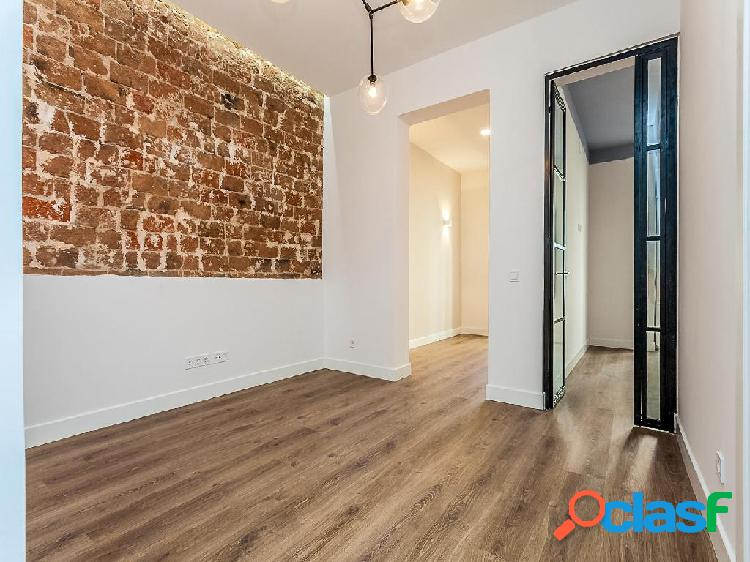 Chalet en venta de 77 m² en Calle Salitre, 43 28012 Madrid