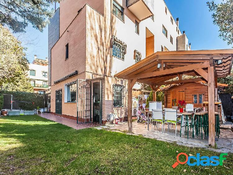 Dúplex en venta de 202 m2 en Calle Picasso, Pozuelo de