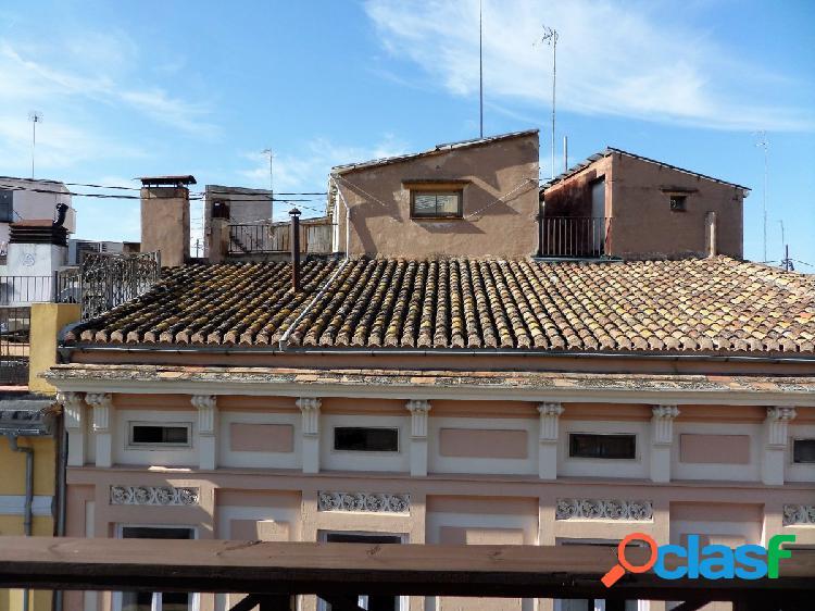 Edificio rehabilitado en el centro de Valencia