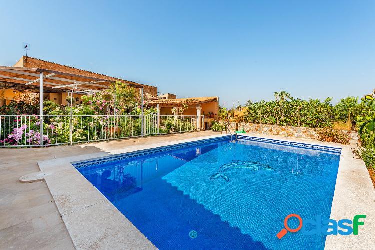 En venta espectacular casa en Santa María, Mallorca.