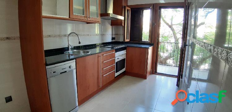 Espectacular piso de 4 habitaciones zona Vivero