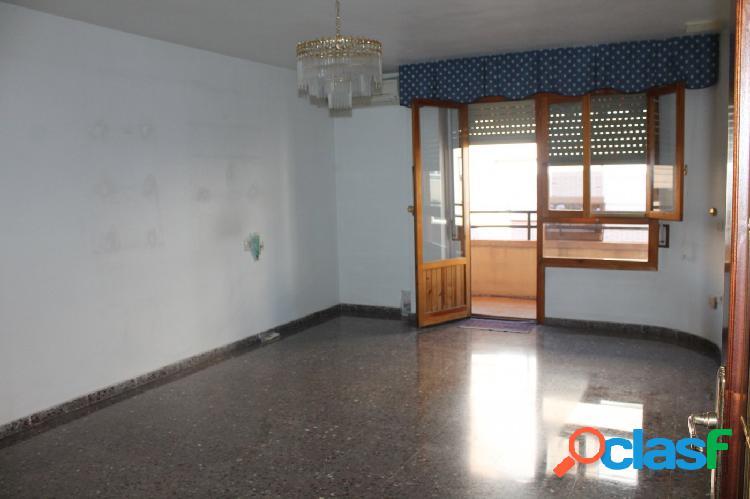 Estupendo piso a la venta en Ontinyent Zona centrica