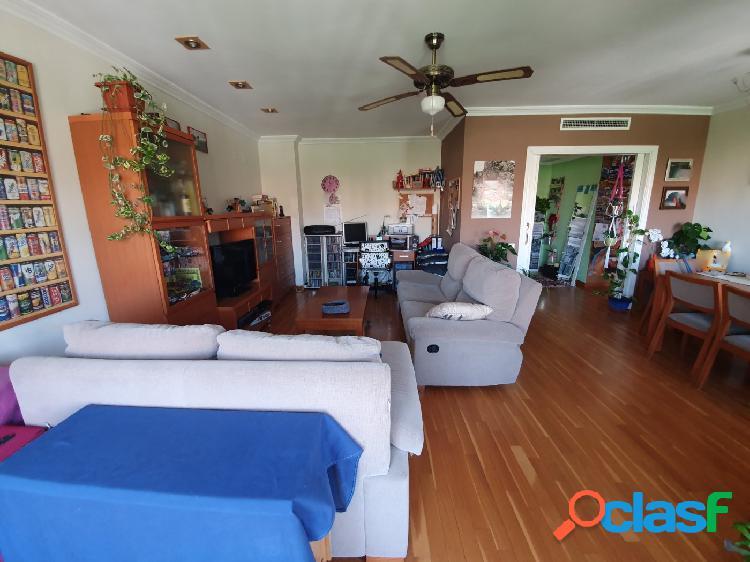 Exclusivo piso a la venta en Ontinyent.