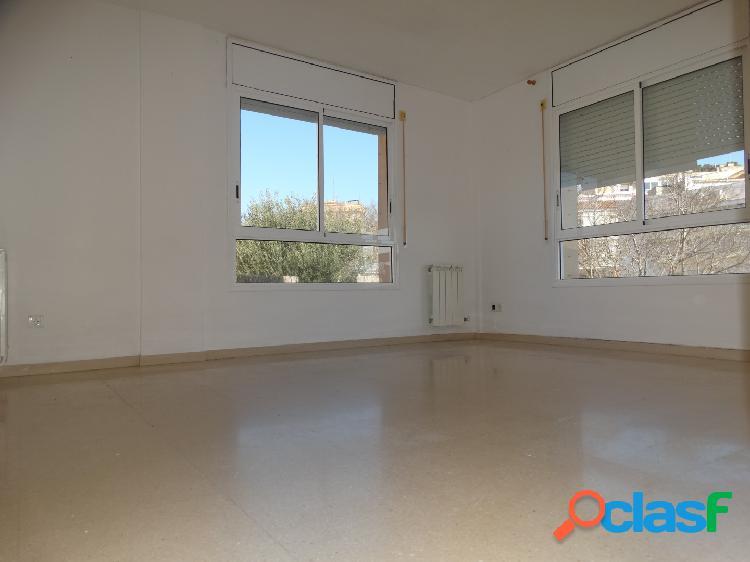 Fabuloso piso de 2 habitaciones en zona Can Vinader.