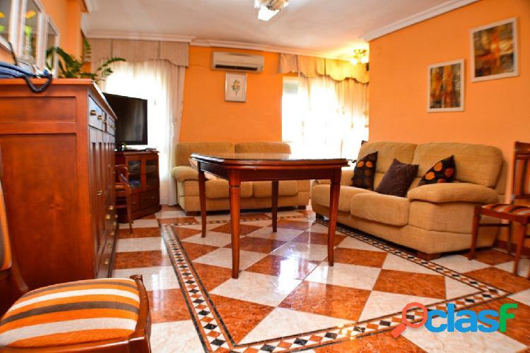 Fabuloso piso situado en Carlos III