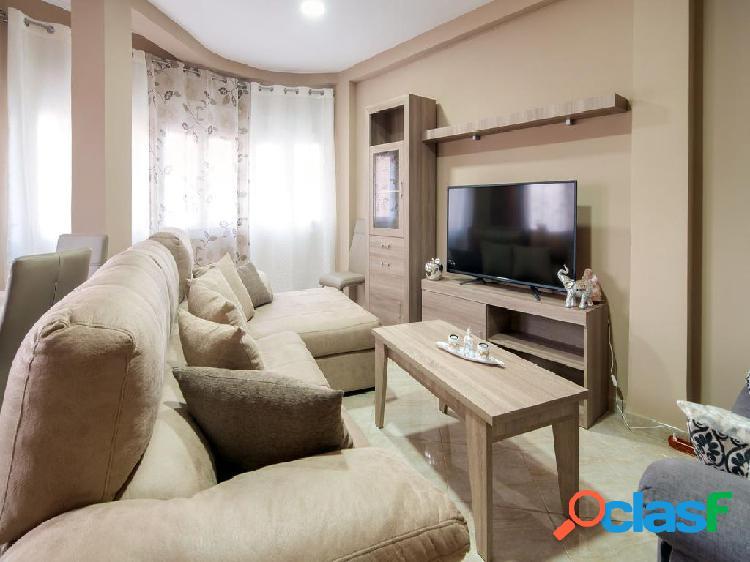 Gran piso en venta de 155 m2 en calle Fernandez Bueso,