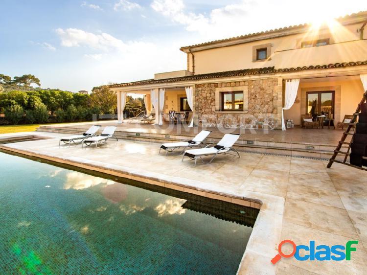 Hermosa villa con licencia turística en Alcudia