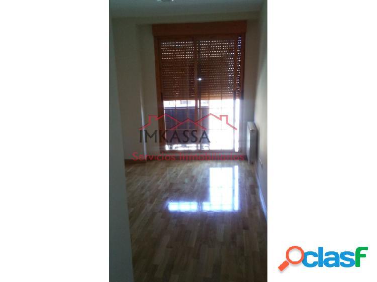 Imkassa vende piso en Velilla de San Antonio.