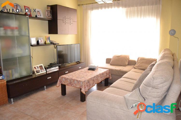Interesante piso de 3 dormitorios con garaje en Alfas del Pi