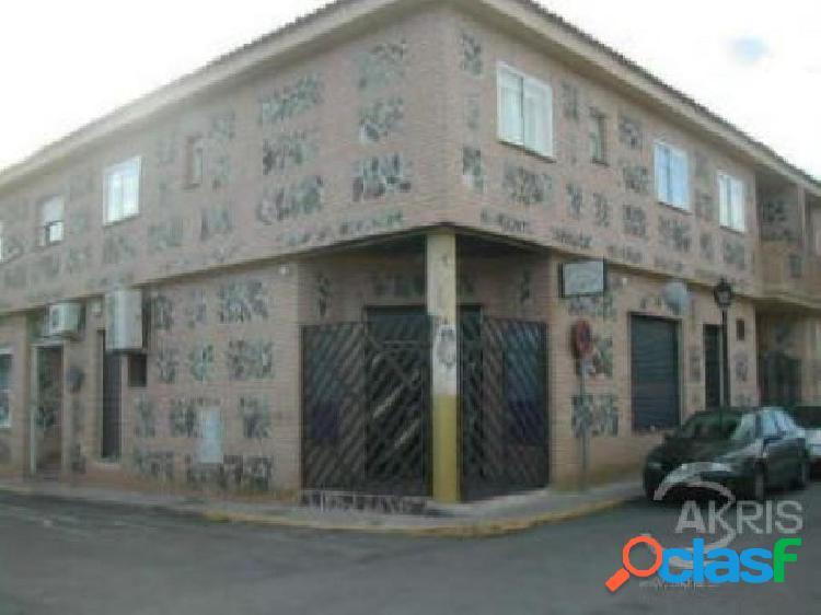 LOCAL COMERCIAL DE 107 M2 EN NUMANCIA DE LA SAGRA