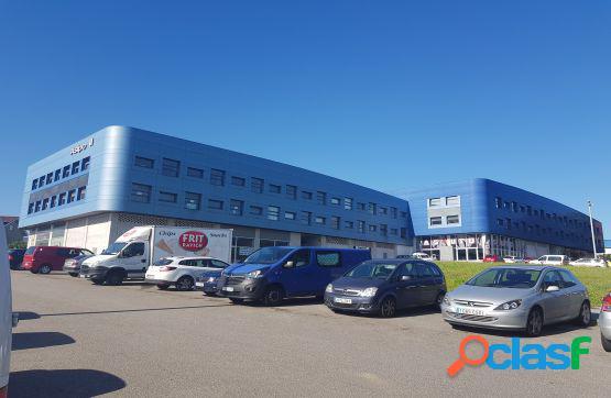 Local de oficinas con una superficie de 355 m2 y plazas de