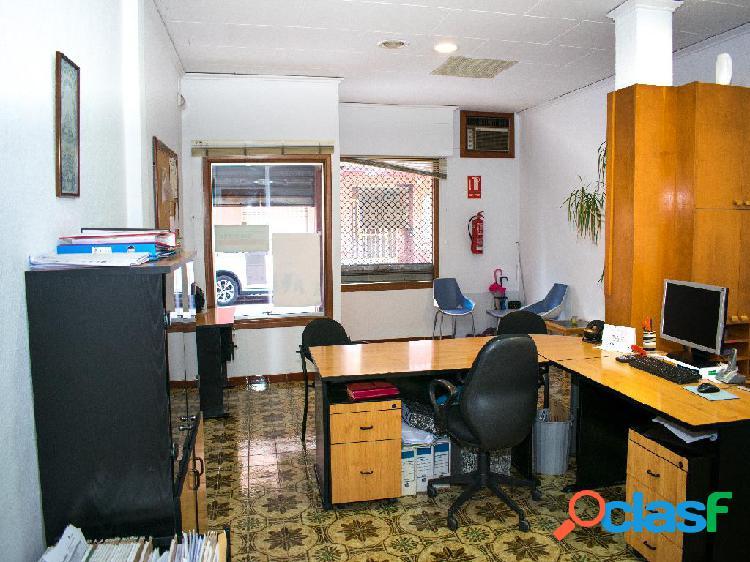 Local para oficina en el casco urbano de Bellreguard