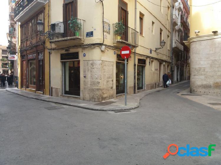 Magnífico local en venta o alquiler en Ciutat Vella