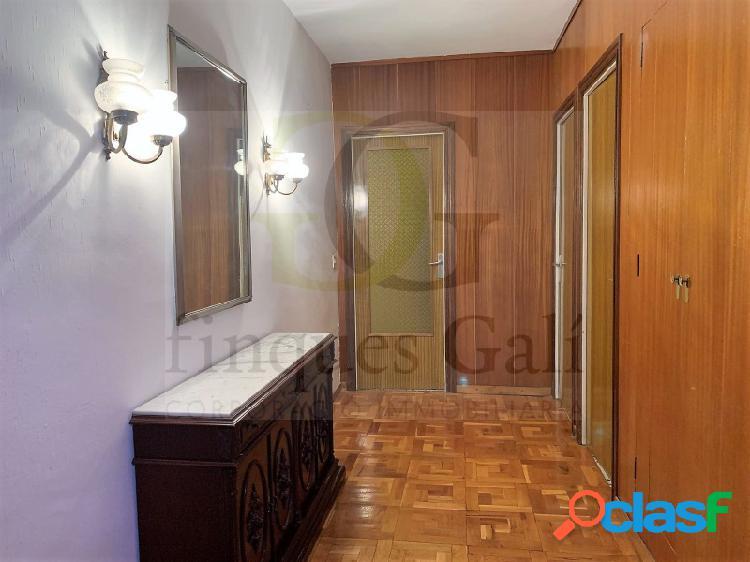 Manresa, VENTA de piso de 4 dormitorios en el Passeig de