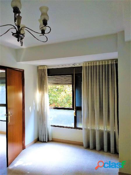 Maravilloso piso de tres dormitorios en pleno Centro de