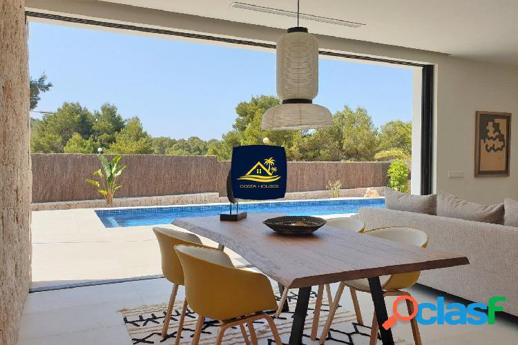 Minimal Villa de Nueva Construcción en Javea · LA CALA |