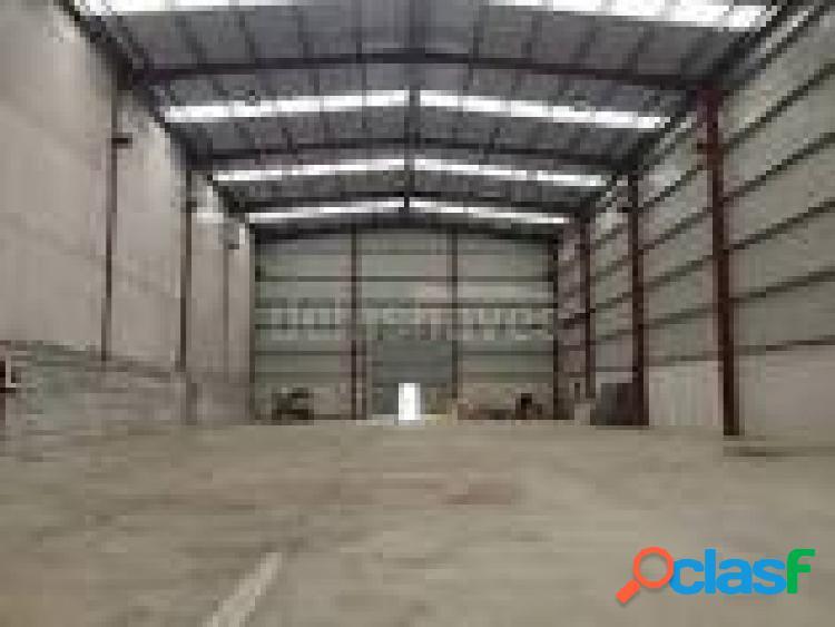 Nave de 500 m2 en polígono industrial.