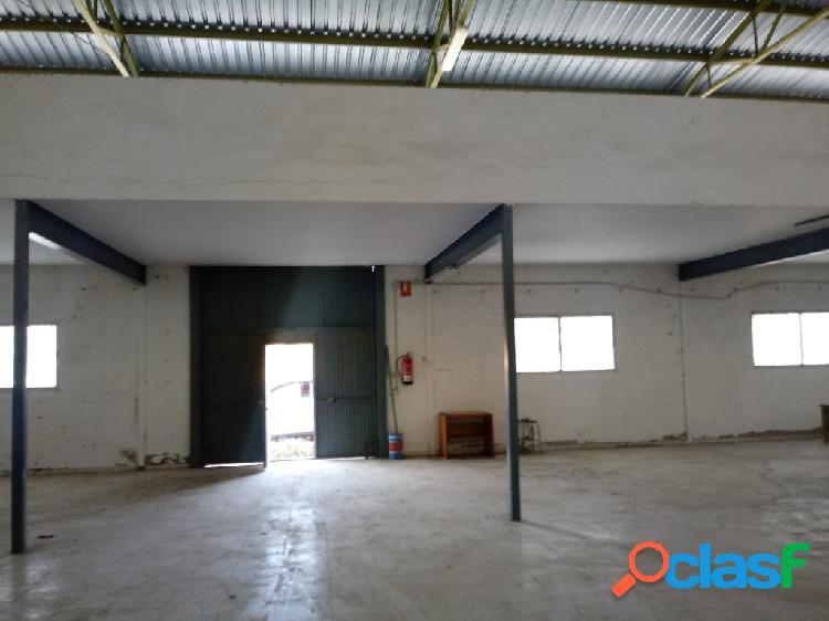 Nave industrial en Venta en Monovar Alicante