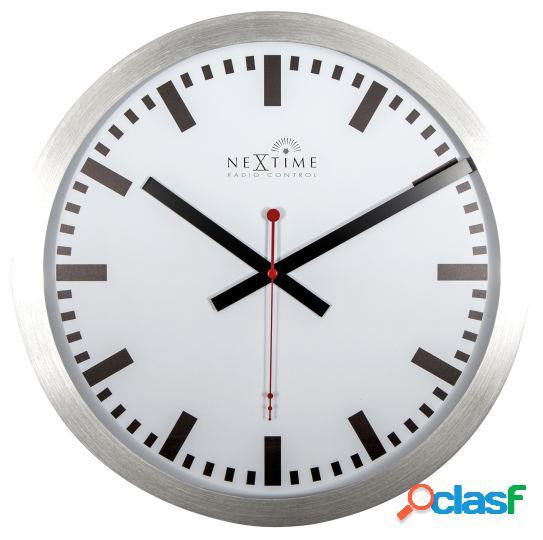 Nextime Reloj de pared blanco con estación radio control 35