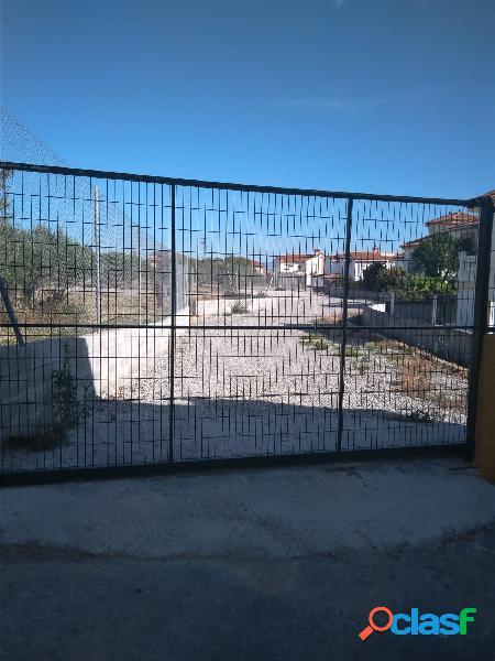 Parcela de 633 m2 en Híjar, con acceso por calle privada