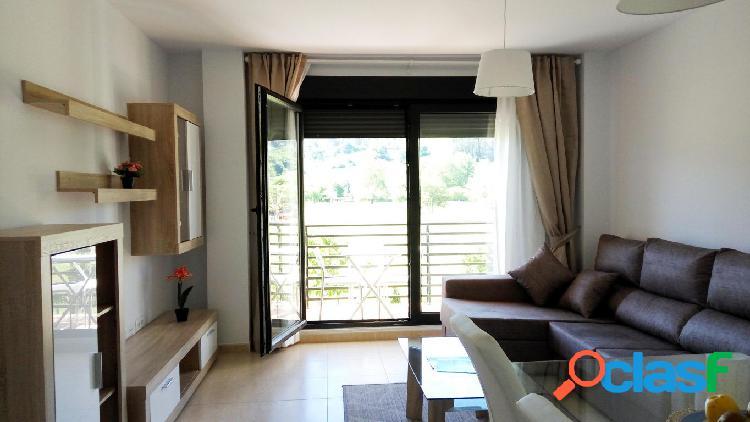 Piso 2hab con terraza y plaza de garaje en Pomaluengo