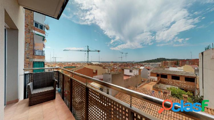 Piso Tipo Duplex en Gavà zona Les colomeres, 171 m., 11 m2
