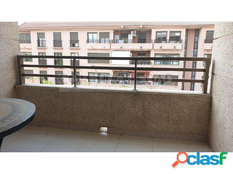 Piso de 114 m2 con plaza de parking en zona CONSERVATORIO