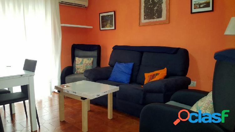 Piso de 3 dormitorios en alquiler en Zaidín